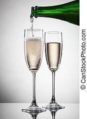 öntés, fehér, pezsgő, elszigetelt, pohár