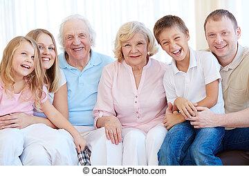 öröm, család