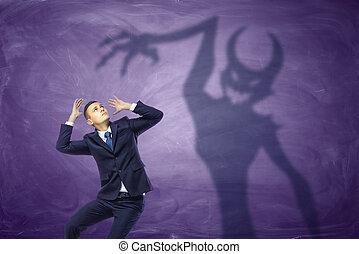 ördög, elkap, üzletember, árnyék, fárasztó, megijedt