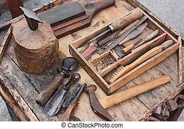 öreg, eszközök, közül, a, cipész