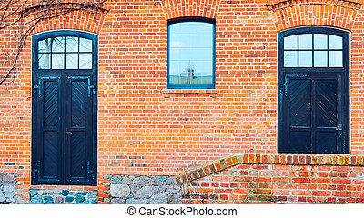 öreg, fából való, ajtók, tégla, piros szénapajta