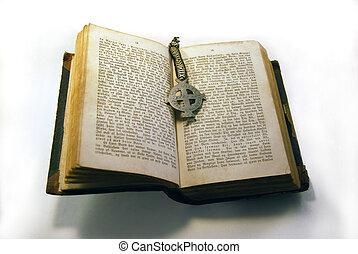 öreg, könyv, és, kereszt