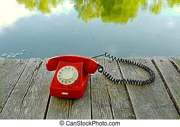 öreg telefon, alatt, természet