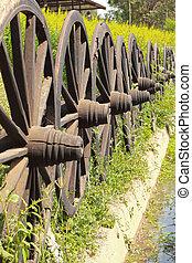 öreg, wagon tol, elrendez, alatt, egy, fence.