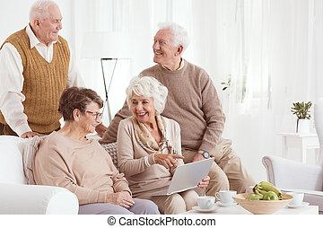 öregedő emberek, és, technológia