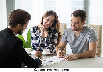 összehúz, ingatlanügynök, cégtábla, bankár, párosít, fiatal