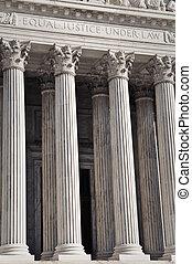 összehangol megállapít döntő bíróság
