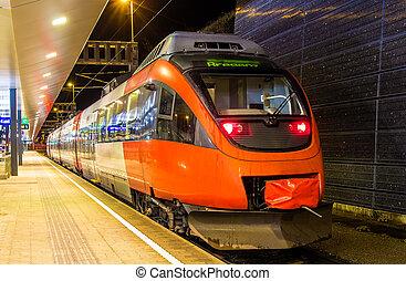 österrikare, lokal, tåg, hos, feldkirch, station