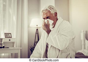 övé, fújás, öreg, beteg, szövevény papír, orr, használ, ember