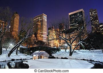 új york város, manhattan, central dísztér, panoráma, -ban, szürkület