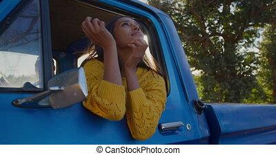 út, kisteherautó, nő, elgáncsol, fiatal, csereüzlet