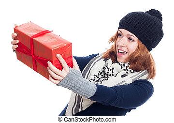 überrascht, winter, frau, mit, geschenk