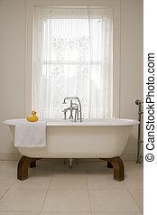 üres, fürdőszoba