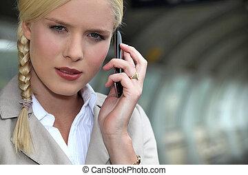 üzletasszony, állomás, kiképez, telefon