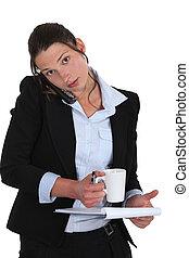 üzletasszony, elfoglalt