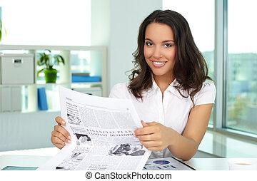üzletasszony, felolvasás, hír