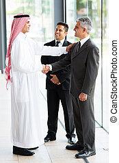 üzletember, arab, köszönés, ügy üzlettárs