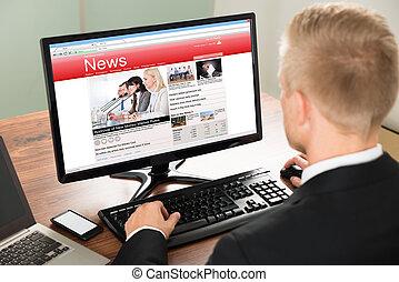 üzletember, felolvasás, hír
