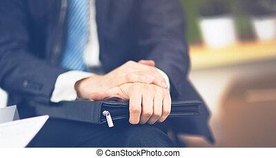üzletember, irattartó