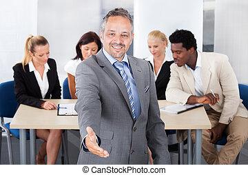 üzletember, kézfogás, érett, ajánlat