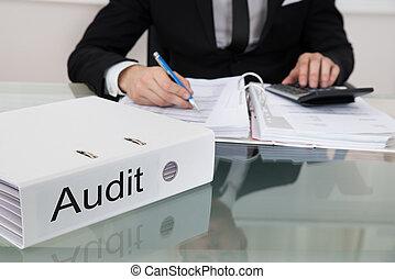 üzletember, számítás, adók, íróasztal