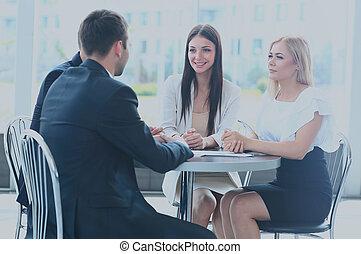 üzleti találkozás, -, menedzser, fejteget, munka, noha, övé, colleagues