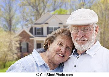 čelo, ubytovat se, dvojice, starší, šťastný