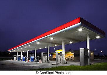 čerpací benzinová stanice, v noci
