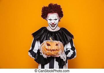 őrült, ember, öltözött, alatt, ijedős, bohóckodik, halloween kosztüm