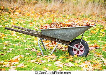 ősz kilépő, megtöltött, talicska