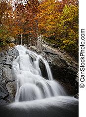 ősz, vízesés