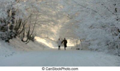 śnieg, wyścigi, dwa ludzi