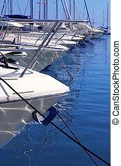 śródziemnomorski, szczegół, łuk, łódki, morze, marina