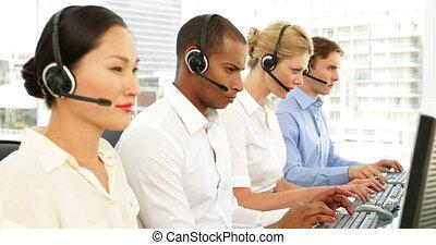 środek, pracujący, rozmowa telefoniczna, agenci