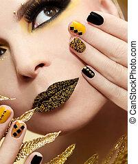 świąteczny, żółty, czarnoskóry, manicure, i, makijaż, .