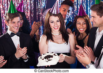 świętując, urodziny, przyjaciele, nightclub