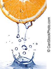 świeża woda, krople, na, pomarańcza, z, woda, bryzg,...