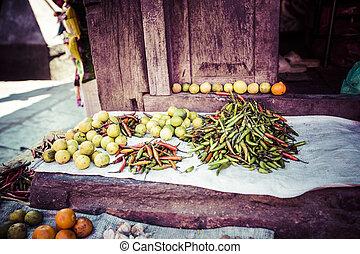 świeża zielenina, miejscowy zbyt, owoce