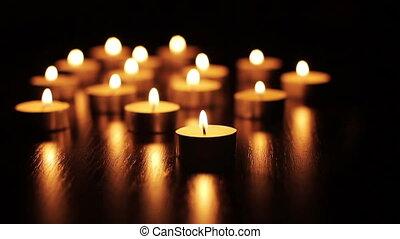 świece