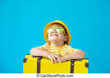 żółty, dziecko, urlop, szczęśliwy, suitcase., pojęcie, portret, lato
