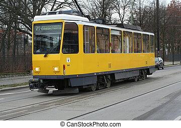 żółty, miejski, pociąg