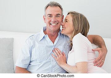 życie pokój, para biorąca w objęcia, portret, szczęśliwy