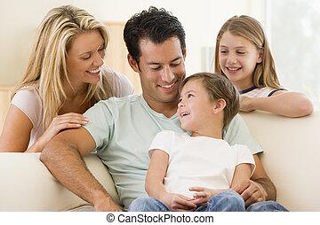 żyjący, uśmiechanie się, pokój, rodzina, posiedzenie