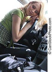 άμαξα αυτοκίνητο γυναίκα , νέος , διανυκτερεύω