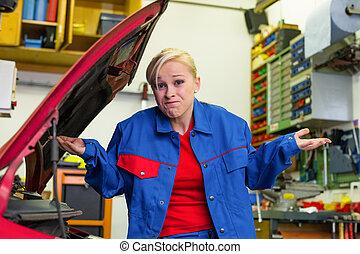 άμαξα αυτοκίνητο γυναίκα , συνεργείο , μηχανικός