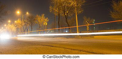 άμαξα αυτοκίνητο , συγκινητικός , δρόμοs , νύκτα