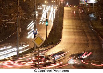 άμαξα αυτοκίνητο , city., οδηγώ , εθνική οδόs , νύκτα