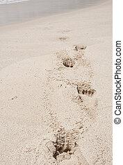 άμμοs , βαθύς , πατημασιά