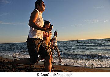 άνθρωποι , σύνολο , τρέξιμο , στην παραλία