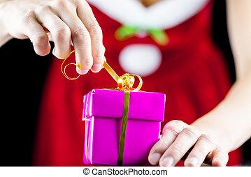 άνοιγμα , διακοπές χριστουγέννων απονέμω